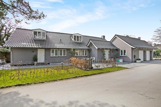 Villa på Skovvej i Hornbæk - Ejendom 1