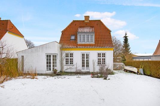 Villa på Caroline Amalie Vej i Kongens Lyngby - Ejendommen