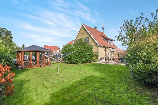 Villa på Kaplevej i Virum - Have