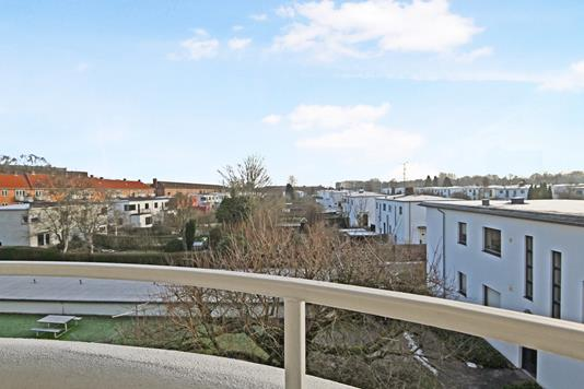 Ejerlejlighed på Ulrikkenborg Alle i Kongens Lyngby - Altan