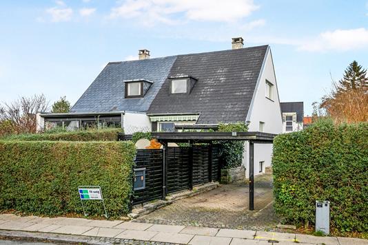 Rækkehus på Stengårdsvænge i Kongens Lyngby - Ejendommen