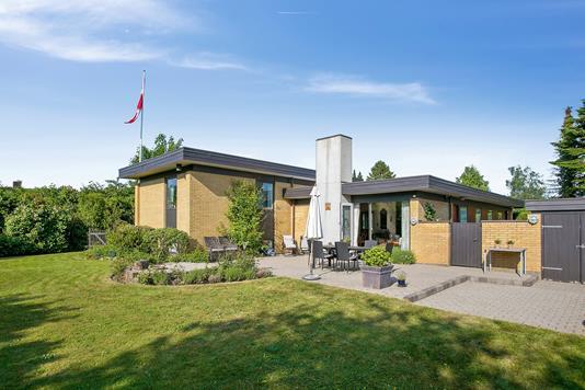 Villa på Fyrreparken i Vejle - Set fra haven