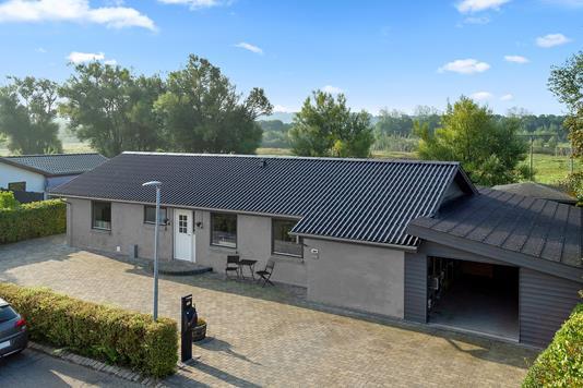 Villa på Holmevej i Vejle - Set fra vejen