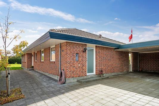 Villa på Esbern Snares Vej i Vejle - Set fra vejen