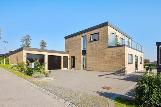 Villa på Hindbærhaven i Vejle Øst - Facade
