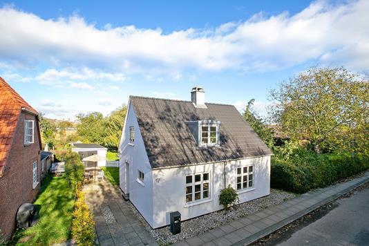 Villa på Mågevej i Vejle - Set fra vejen
