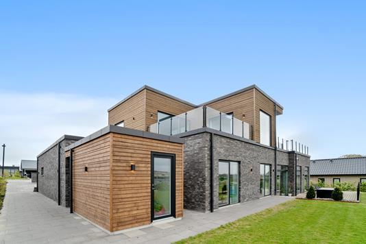 Villa på Frydenlund i Vejle Øst - Set fra haven