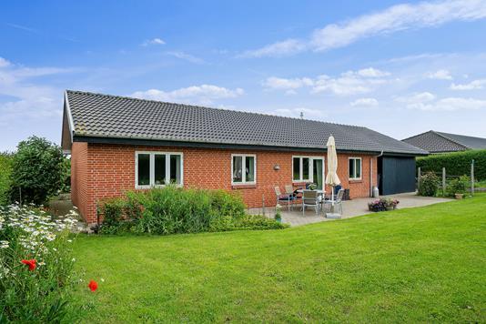Villa på Skolebakken i Vejle Øst - Set fra haven