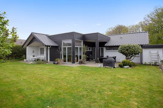 Villa på Hesselkær i Vejle - Set fra haven