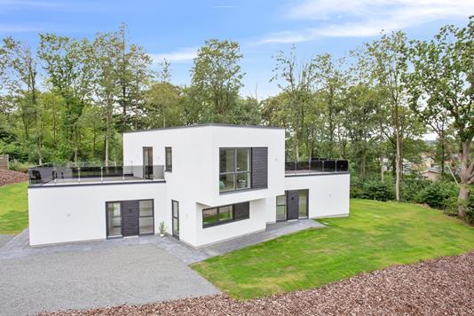 Villa på Mølholm Landevej i Vejle - Set fra vejen