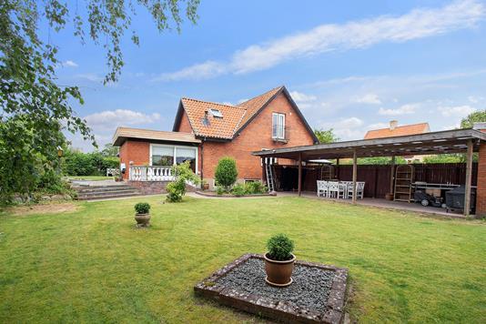 Villa på Emmabodavej i Jyderup - Set fra haven