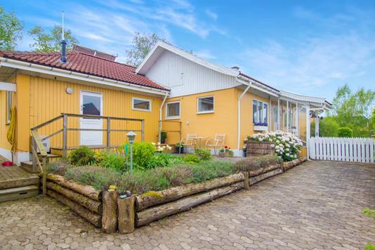 Villa på Rådbjergvej i Jyderup - Ejendommen