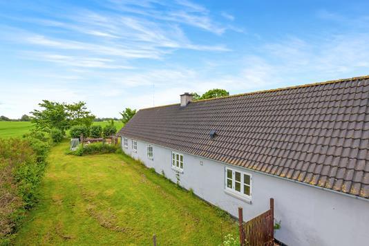 Villa på Mørkøvvej i Mørkøv - Ejendommen