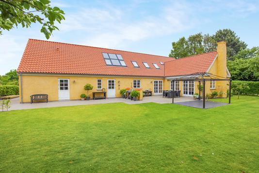 Villa på Tværvej i Jyderup - Ejendommen