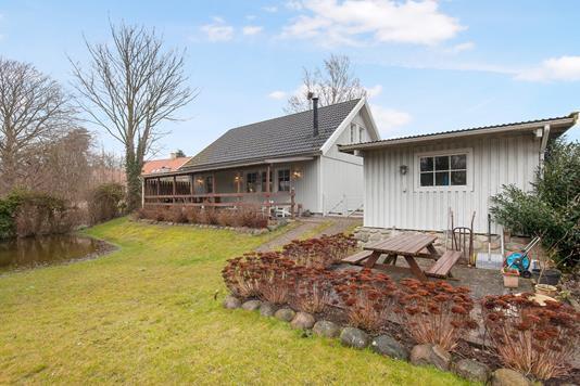Villa på Eskebjerg Strandvej i Eskebjerg - Ejendommen