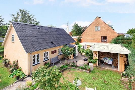 Villa på Bjergsted Byvej i Jyderup - Ejendom 1