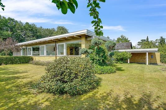 Villa på Elmegården i Jyderup - Set fra haven