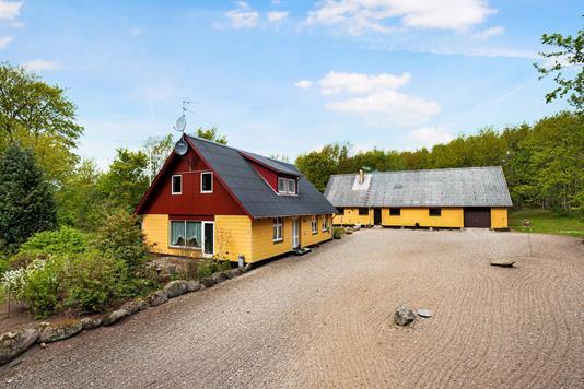 Landejendom på Åmosevej i Mørkøv - Ejendom 1