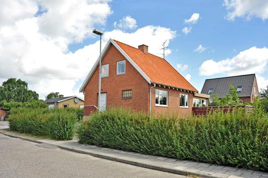 Villa på Langmosevej i Højslev - Ejendommen