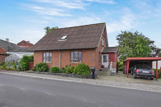 Villa på Dølbyvej i Skive - Ejendommen