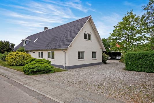 Villa på Lærkenborgvej i Skive - Ejendommen