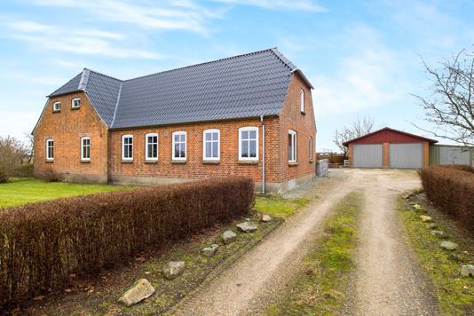 Villa på Viborgvej i Højslev - Ejendommen