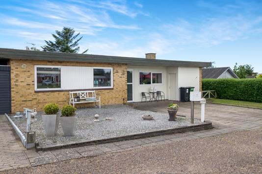 Villa på Søndervænget i Roslev - Ejendommen