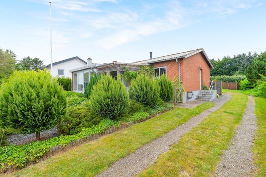 Villa på Sundhøj i Roslev - Ejendommen