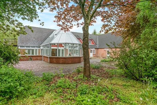 Villa på Birkkærvej i Roslev - Ejendommen
