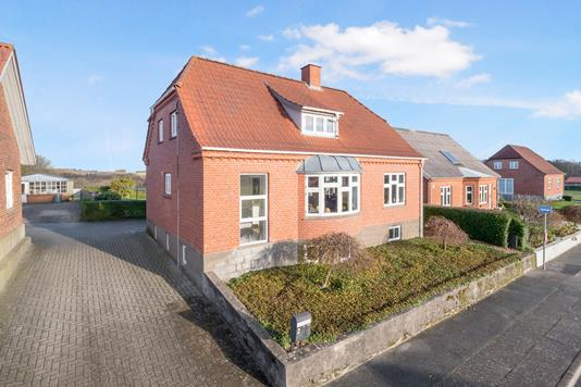 Villa på Ørslevklostervej i Højslev - Terrasse