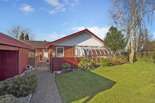 Villa på Villaparken i Spøttrup - Ejendommen