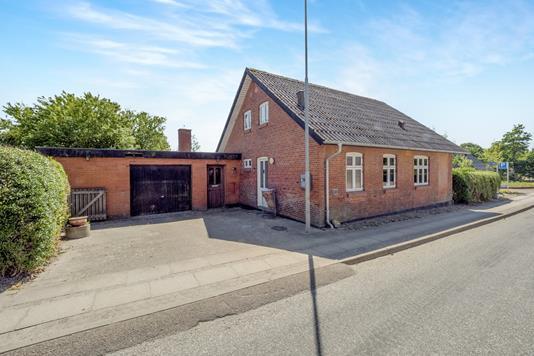 Villa på Østergade i Roslev - Ejendom 1