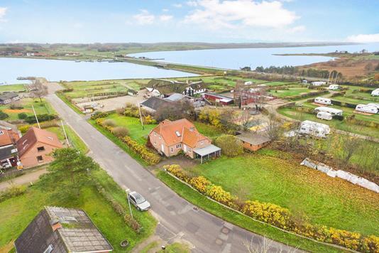 Villa på Sundvej i Højslev - Luftfoto