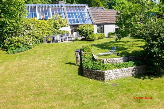Villa på Landsebakken i Holte - Ejendommen