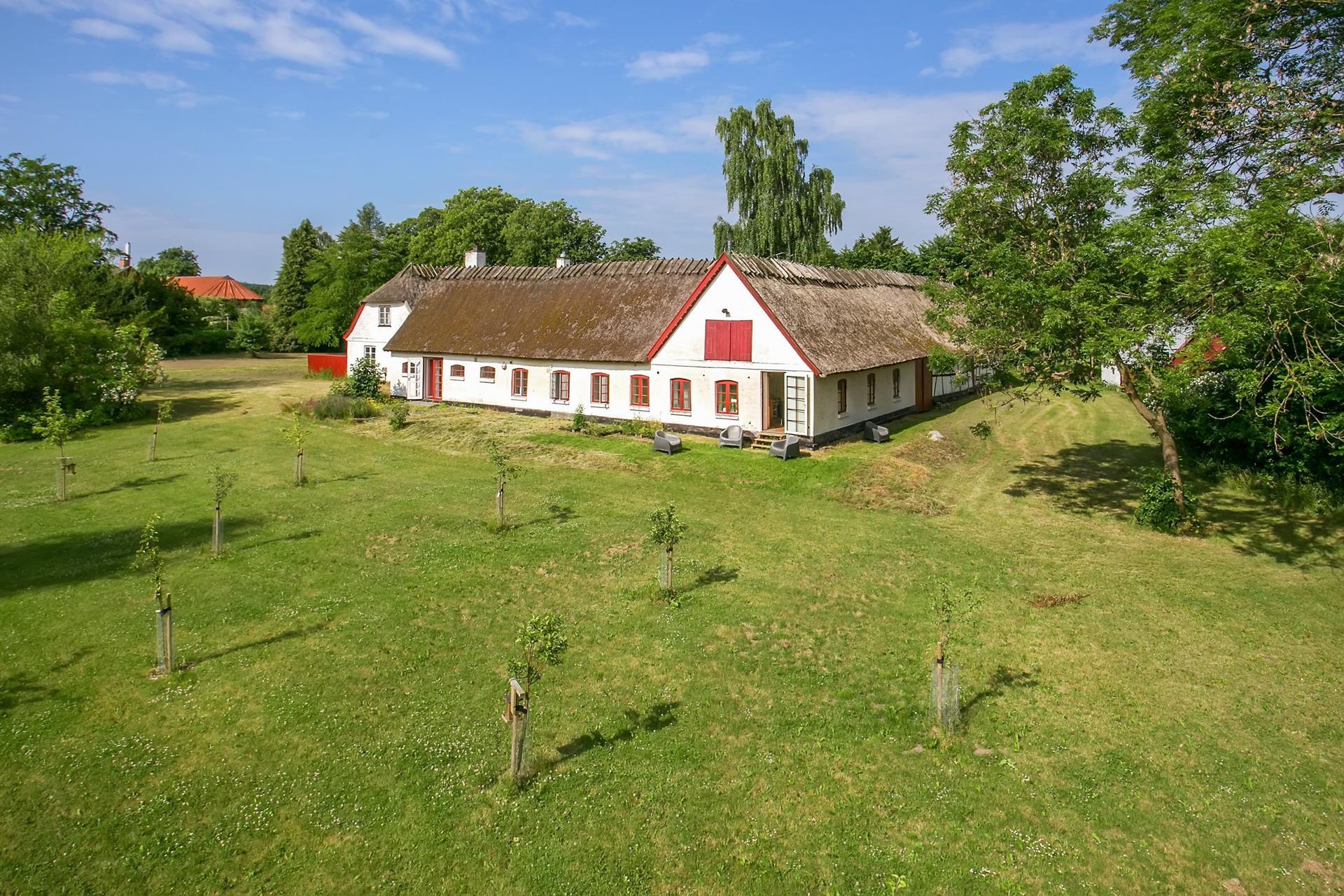 Landejendom på Sandbjergvej i Hørsholm - Ejendommen