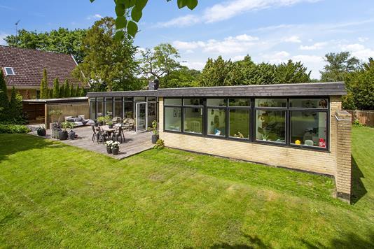 Villa på Frydenlundsvej i Skodsborg - Set fra haven