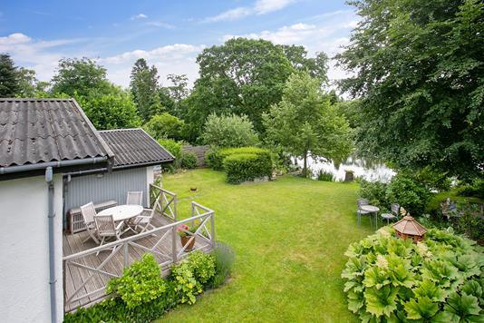 Villa på Valdkær i Holte - Set fra haven