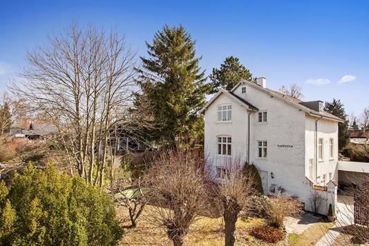 Villa på Vejlesøvej i Holte - Ejendommen