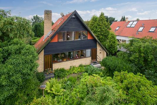 Villa på Landsevej i Holte - Set fra haven