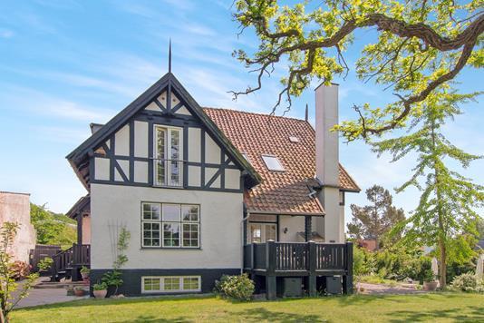 Villa på Kastanievej i Holte - Facade