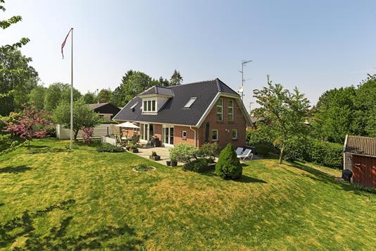 Villa på Lille Mosevej i Humlebæk - Ejendommen