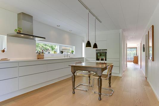 Villa på Nederste Torpenvej i Humlebæk - Køkken alrum