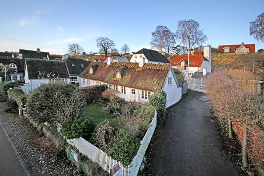 Villa på Gl Strandvej i Humlebæk - Ejendommen