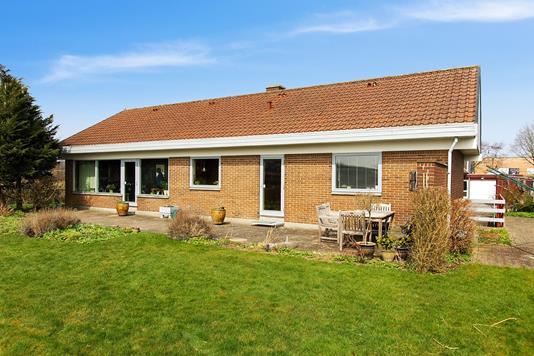 Villa på Skæring Hedevej i Egå - Ejendommen
