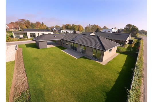 Villa på Vorrevangs Allé i Egå - Ejendommen