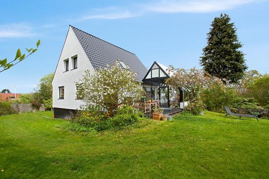 Villa på Egelundsvej i Risskov - Ejendommen
