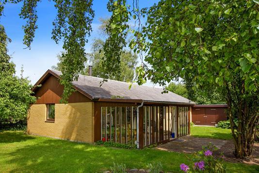 Villa på Brobjerg Parkvej i Egå - Ejendommen
