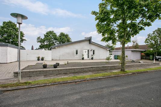 Villa på Skæring Sandager i Egå - Ejendommen