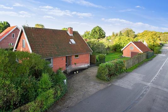 Villa på Nordvangen i Egå - Ejendommen