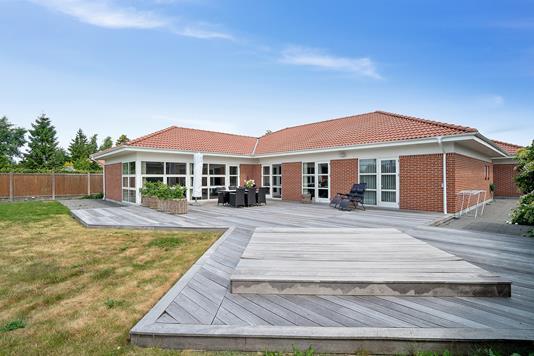 Villa på Themsvej i Risskov - Set fra haven